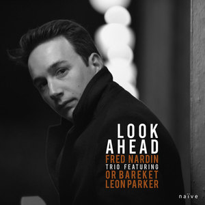 Couv LOOK AHEAD